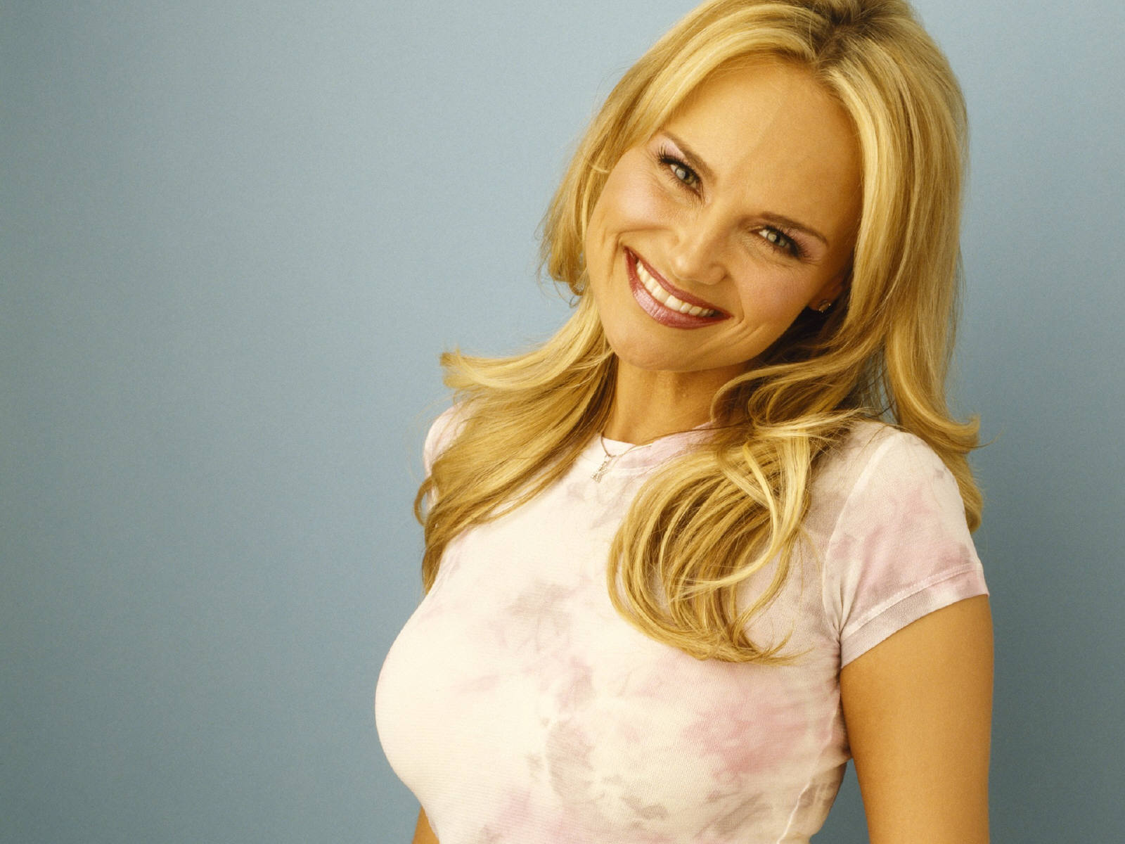 Communication on this topic: Lorenza Guerrieri, kristin-chenoweth/