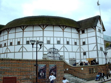 Image of the The modern, reconstructed Globe Theatre. (Courtesy of Wikipedia)
