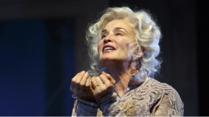 "Jessica Lange in ""Long Day's Journey Into Night."" (PHOTO: Joan Marcus"