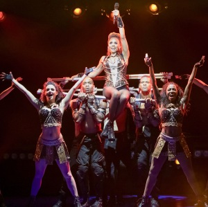 "Rachel Marron (Deborah Cox) in ""The Bodyguard"" at the Paper Mill Playhouse. (PHOTO: Matthew Murphy)"